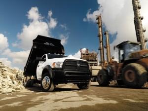 Para lograr el camión personalizado que mejor se ajuste a tu línea de trabajo, debes comenzar seleccionando un camión que sea muy versátil y facilite esa personalización.