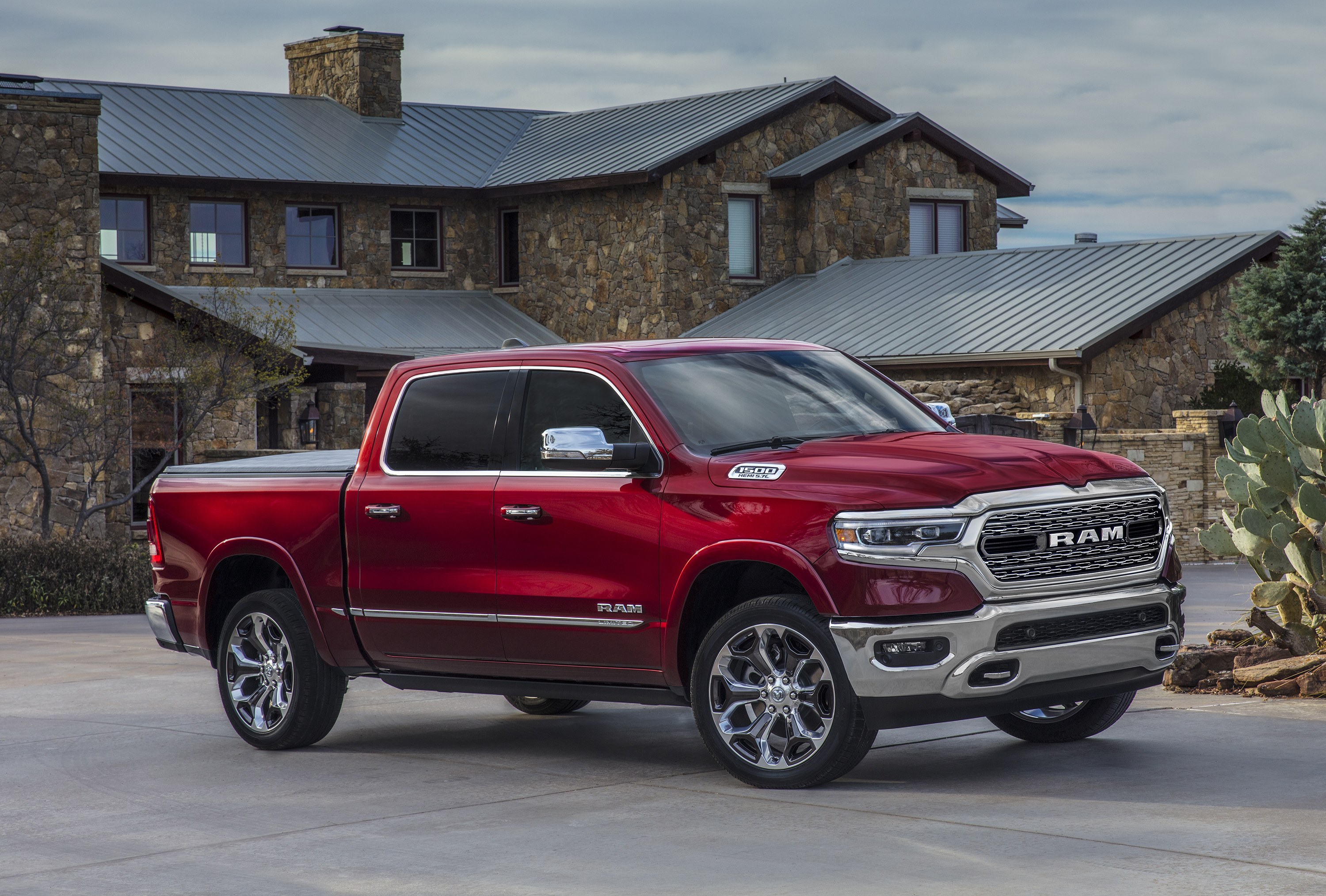 see for yourself the all new 2019 ram 1500 has arrivedfca work vehicles blog. Black Bedroom Furniture Sets. Home Design Ideas